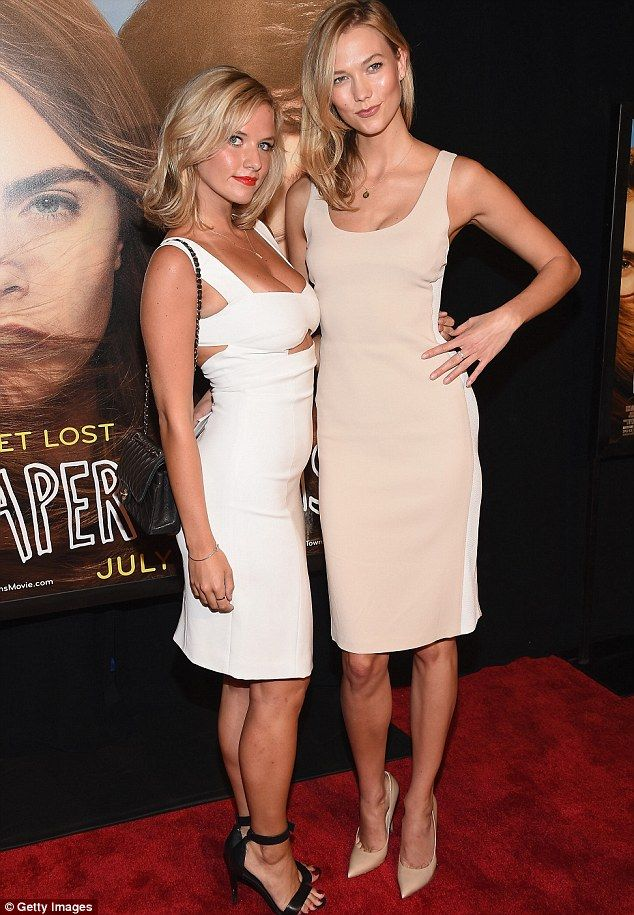 No sibling rivalry here! Karlie was joined by her sister Kristine Kloss at the event...