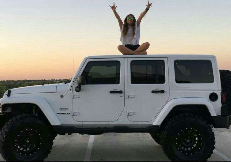 White Jeep And Girl Car Wheels Jeep Cars White Jeep