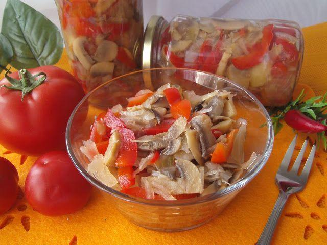 Tradycyjna kuchnia Kasi: Sałatka pieczarkowo-paprykowa na zimę