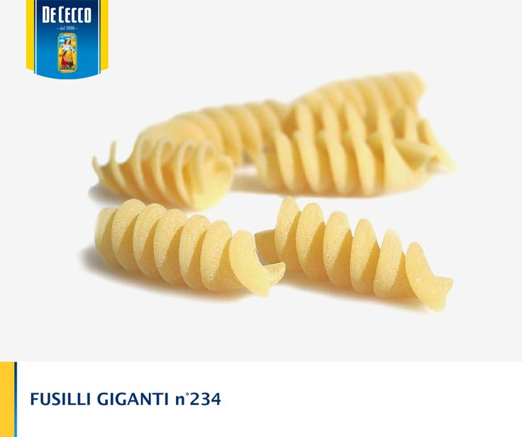 Novità di pasta: Fusilli Giganti, ancora più spessi, ancora più corposi per piatti dal sapore deciso. Buon appetito!  News of pasta: Fusilli Giganti. Bigger, thicker, perfect for recipes with a distinctive flavor.