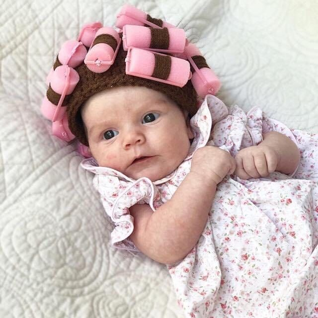 Pretty photoprops Peach lace bonnet for newborn girl first photo session New baby sewing ruffles hat