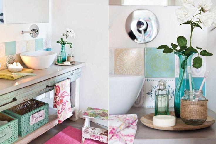 """""""El diseño es el mismo que había en la casa de mis padres: un baño compartimentado con acceso desde los dos cuartos"""", cuenta.  /Santiago Ciuffo"""