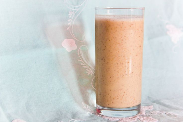 Recept: Amandel dadel smoothie