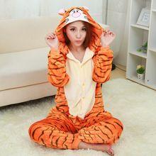 2015 Nuevos Pijamas de Franela Tigger Onesie Pijamas Traje Animal de la Historieta Hombres Y Mujeres Adultos Cosplay Ropa de Dormir Pijamas Lindos(China (Mainland))