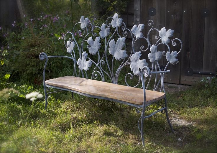 Galvanized and acid etched wrought iron bench with limed oak seat (2012) Price 2450 £    Currently in exhibition at Hidcote Manor Garden, Cotswolds (see exhibitions page). Other benches can be designed to your requirements