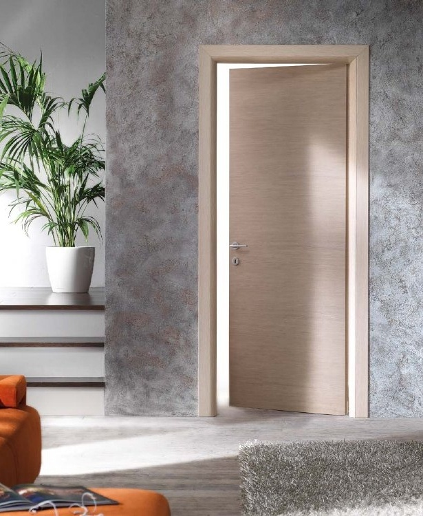 piano interior door with an honeycomb panel 44 mm thick available in several wood