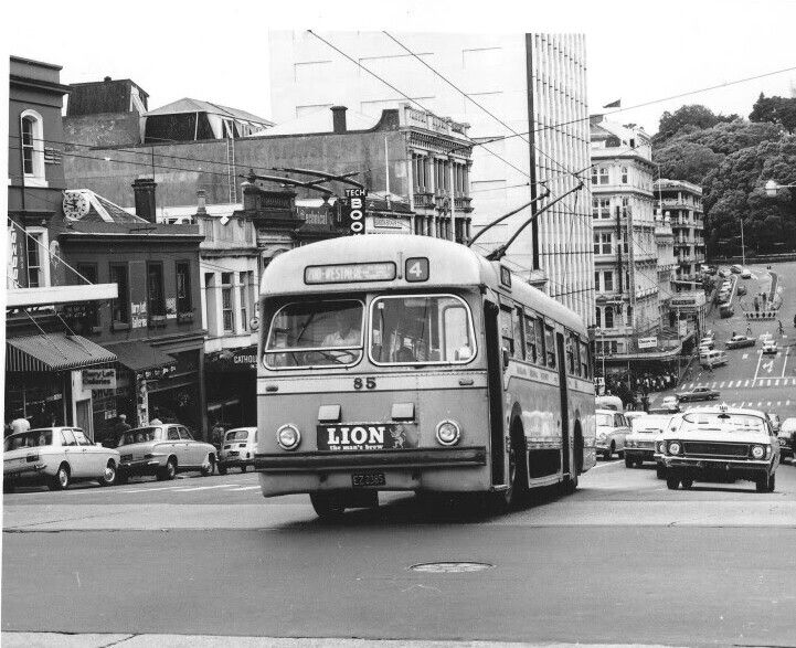 ARA, Trolley Bus No85 on the route-4 service, inner city Auckland. Image via google