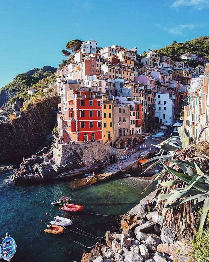 10 Beautiful Small Towns In Italy You Have To See Thefab20s Beautiful Villages Italy Travel Travel Around The World