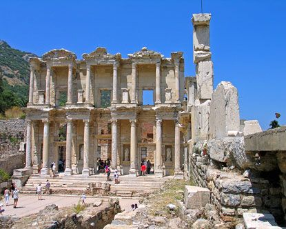 Ephesus Day Tours from Istanbul Ephesus Tours are available from Istanbul everyday by flight. http://www.allistanbultours.com/ephesus-day-trip-from-istanbul/