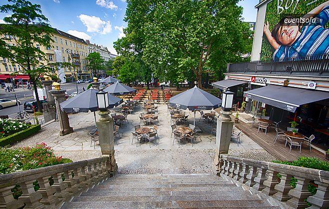 Mitten in der City-West Berlins öffnet das Quasimodo pünktlich zur WM seine Sommerterasse und lädt zum entspannten Public Viewing auf der Sommerterasse zwischen Theater des Westens und Delphi-Palast.