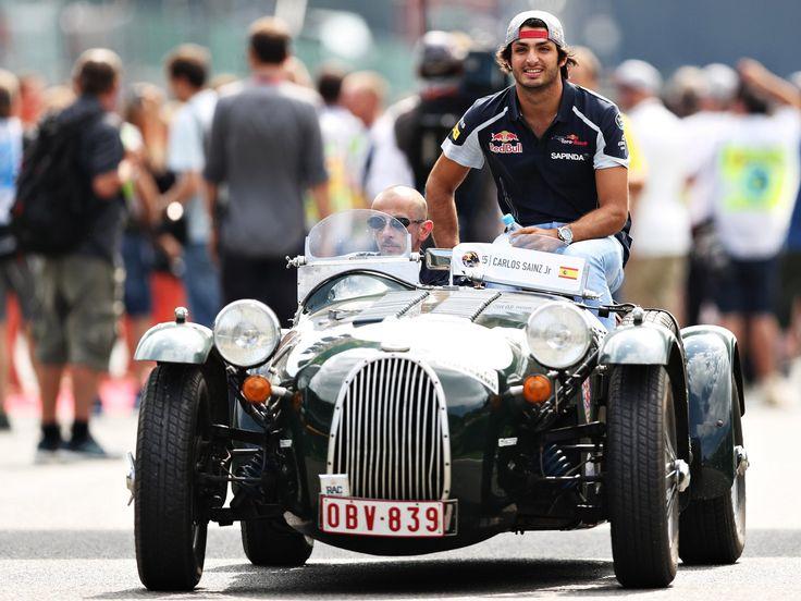 Daniil Kvyat, Carlos Sainz, track action, garage, team, pitlane... enjoy the best shots from our #F1 2016 Belgian Grand Prix. Full Galleries on http://win.gs/str_galleries . Wallpaper download section on http://win.gs/str_download. #F1 #tororosso #kvyat #sainz #redbull #BelgianGP