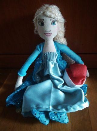 muñeca Elsa Frozen navideña