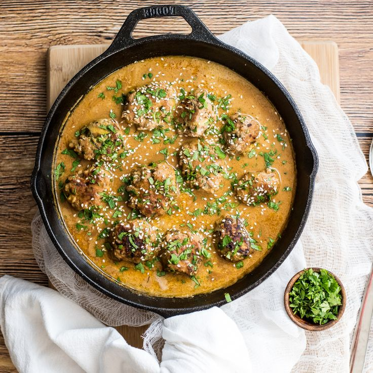 One pan turkey zucchini meatballs in Bangkok peanut sauce is the perfect weeknight meal. It is popping with texture and doesn't lack in flavor!