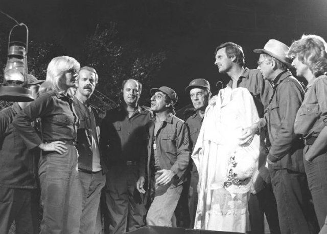 Still of Alan Alda, David Ogden Stiers, William Christopher, Jamie Farr, Mike Farrell, Harry Morgan and Loretta Swit in M*A*S*H