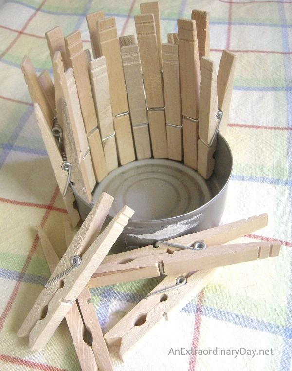Who knew that clothespins could be used in so many ways to create fun and whimsical art for you laundry room decor. Check out these fun ideas and tutorials.
