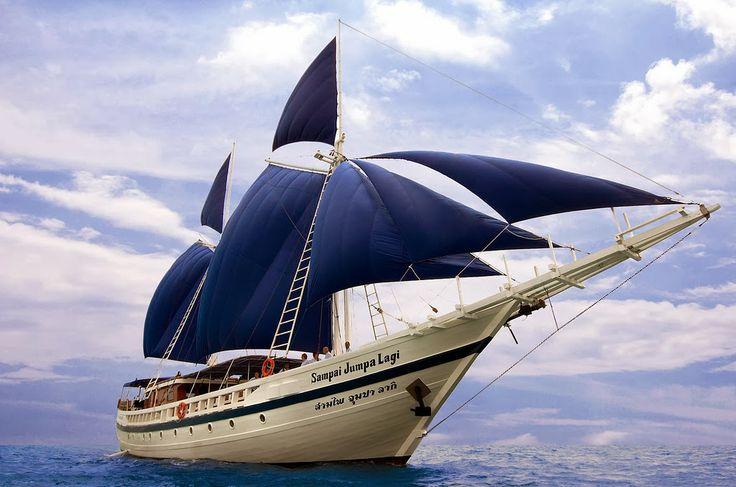 Keliling Dengan Kapal Pinisi Nusantara