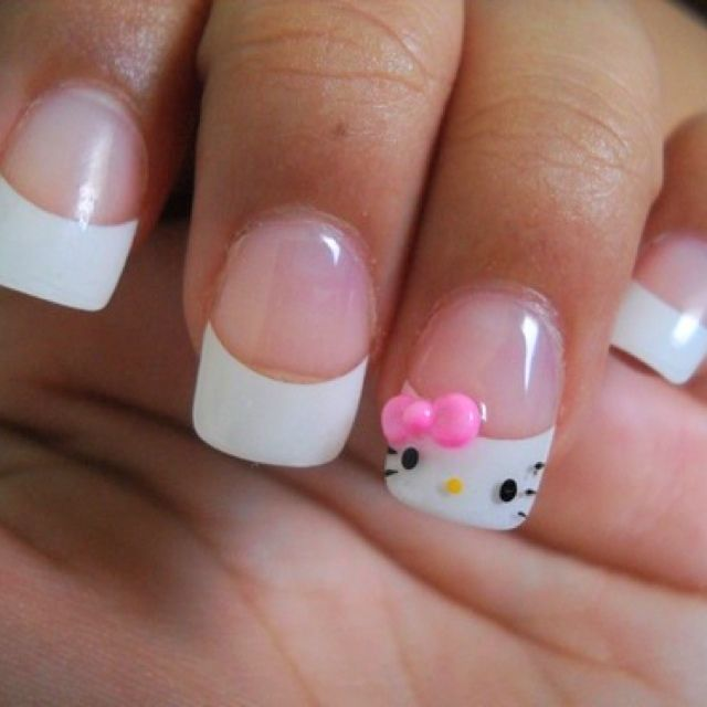 Well THIS is annoying, this is the 100th time I've seen MY nails on the internet :\