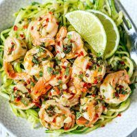 Shrimps with lemon butter and garlic 10 minutes with zucchini noodles   – Italien Food