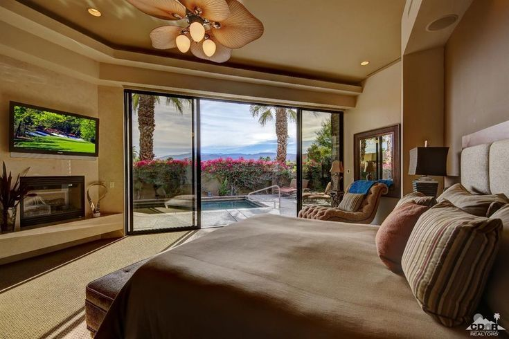 View 47 photos of this $2,350,000, 5 bed, 6.0 bath, 6169 sqft single family home located at 17 Spyglass Cir, Rancho Mirage, CA 92270 built in 2006. MLS # 217032624.