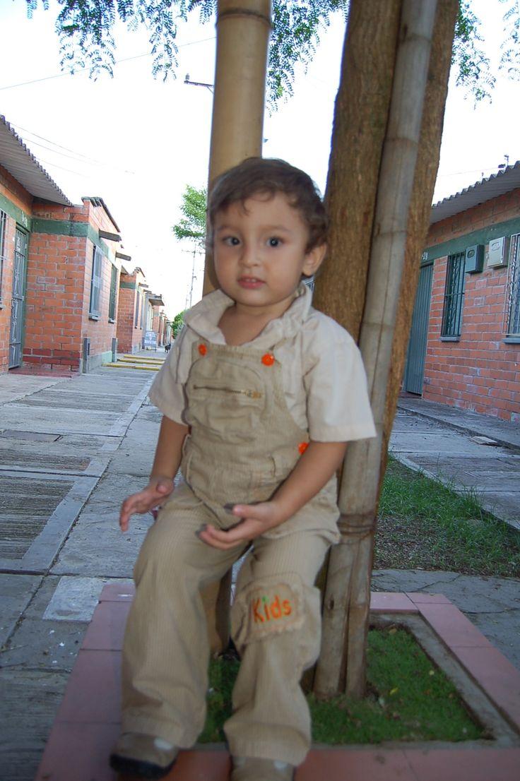 Juan José pequeñito.
