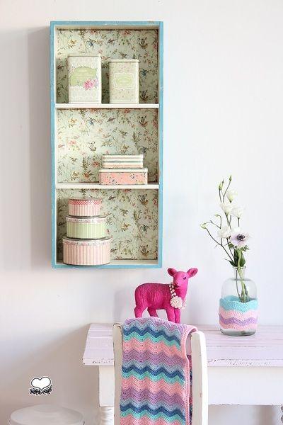 Cute shelves and pretty crochet inspiration @ Bleu et Rosé on DaWanda.com