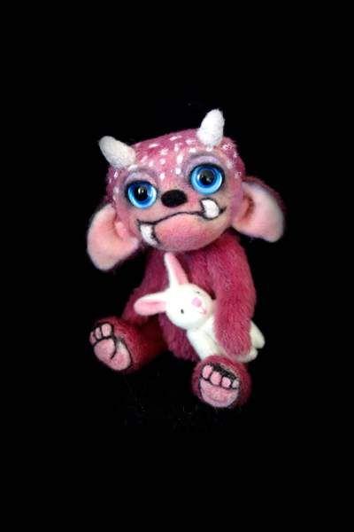Kirra the little Monster by Lies & Lot Mohair Bears