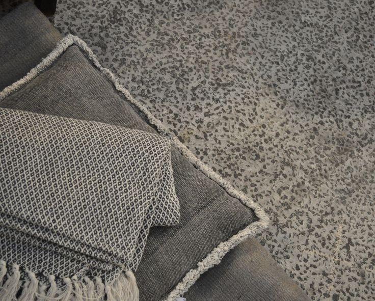 Grey decoration! Concrete look.