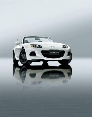 Design et concept car  Mazda MX-5 restylée : nouveau sourire  Orange au Mondial de l'automobile 2012. #MondialAuto   http://auto.orange.fr/