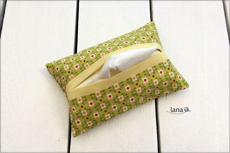 Obal na vreckovky / Tissue cover - free pattern