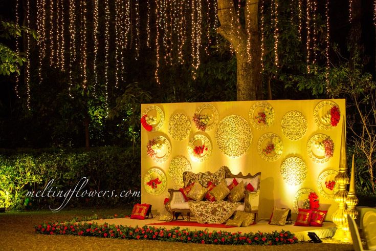 Recently Decorated A Wedding Stage In Bangalore #weddingStage #ReceptionStage #Flowers #Backdrops #WeddingBackdrops #weddingDecoration #EventDecoration #Stage #Reception #Wedding #BangaloreWedding #WeddingInBangalore #drapes #Marriage #MarriageDecoration