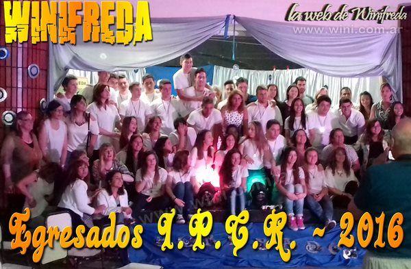 Egresados de Winifreda festejan en Mauricio Mayer
