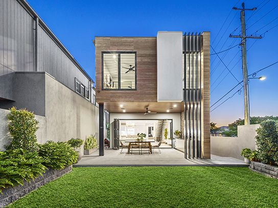 CAMP HILL 48 Arrol Street... Built to exemplary standards and finished with an unsurpassed attention-to-detail, this exceptional home brings something special to one of Brisbane's finest suburbs.