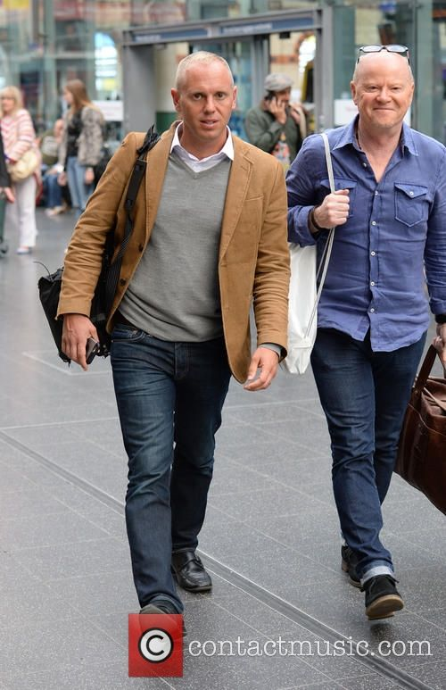 (Judge) Robert Rinder spotted at Manchester Piccadilly train station with Jeremy Kyle's Graham Stanier - Tuesday 8th September 2015