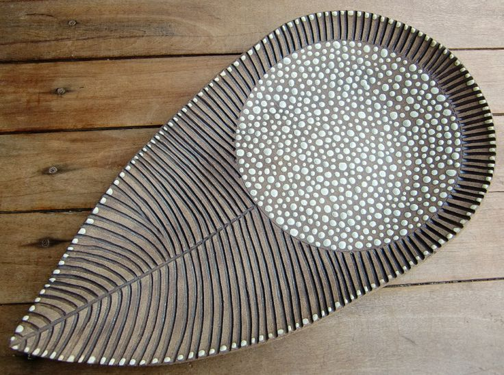 Leaf-like platter form by Tacito Fernandes—beautifully detailed.
