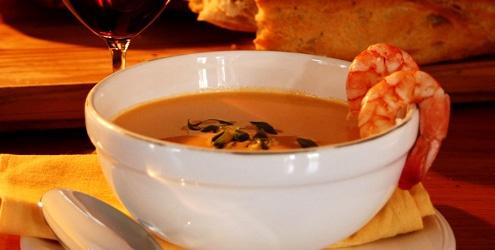 Esse é o Bisque de Camarão, uma sopa de origem francesa ideal para inverno!    http://www.verreceitas.com.br/peixes-e-frutos-do-mar/212-bisque-de-camaroes