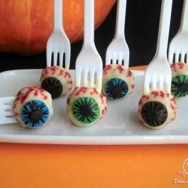 Cake pops per Halloween (occhio!) Condivisa da: http://blog.giallozafferano.it/mieidolcidasogno