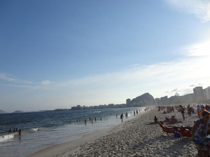 Se você vai ao Che Copacabana, estará a dois minutos desta vista linda!!!! Viva a comunhão com a natureza, sol e mar!!!  #embajadores #BuenaOndaPatricia