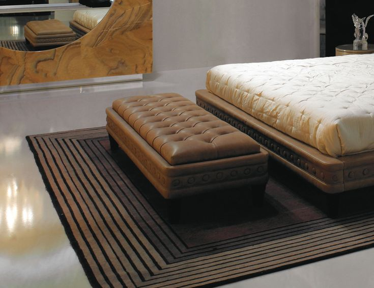 1000 Images About Ottomans Amp Benches On Pinterest Nail
