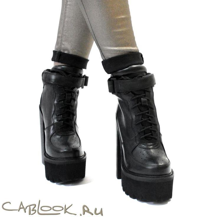JEFFREY CAMPBELL кеды на каблуке Pole-vault black в магазине дизайнерской обуви CabLOOK.ru
