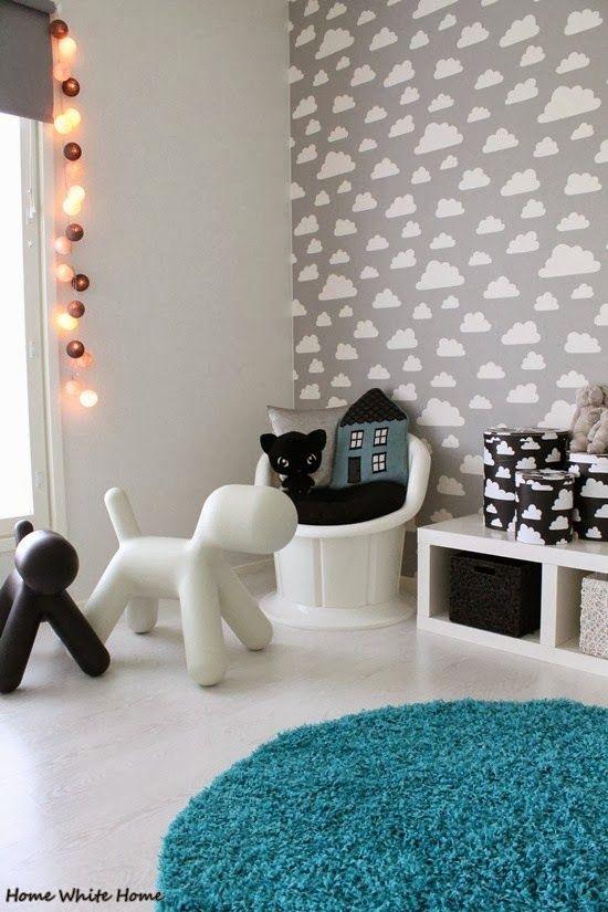 Pilvitapetti ehkä Onnin huoneeseen.. Bongattu blogista: Home White Home: lastenhuone