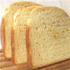 Savory Cheddar Cheese Bread – The irresistible aroma and flavor of sharp cheddar cheese in a soft sandwich loaf.