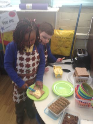 self service snack area in reception class #abcdoes #eyfs