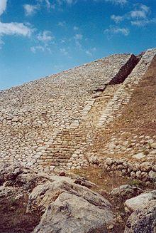 Hattusa — Wikipédia
