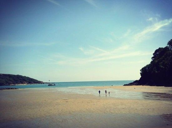North Sands beach, Devon -  A Perfect British Day in Salcombe, Devon, UK #perfectdays #salcombe #devon