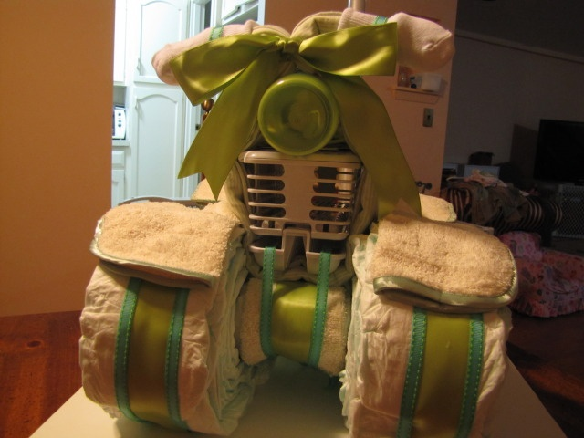 How to make a 4 wheeled diaper cake