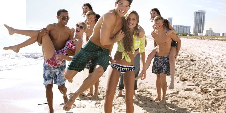 8 Fun Group Date Ideas - Group Dating
