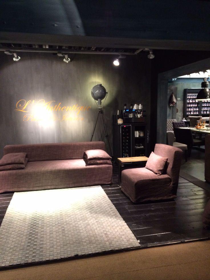 Sofa Michelle by L'Authentique Paints & Interior.