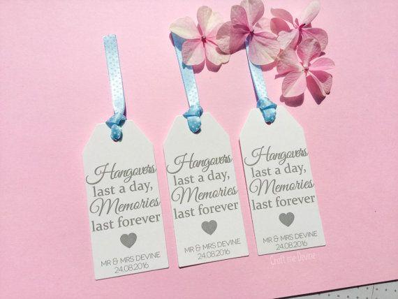 10 gepersonaliseerde gunst tags bruiloft. Eens in door CraftMeDevine
