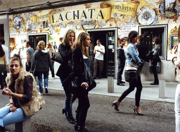 La Chata is the place to go for copitas of wine and tastings of select cheeses and jamón.