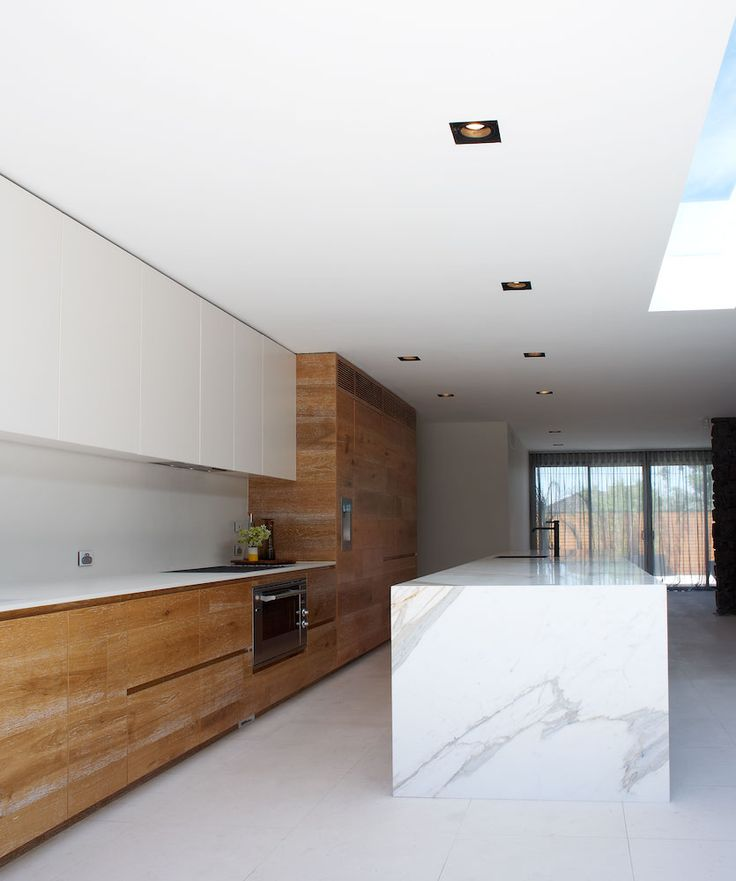 Robson Rak Architects // Dale House // timber; marble; white 2pac